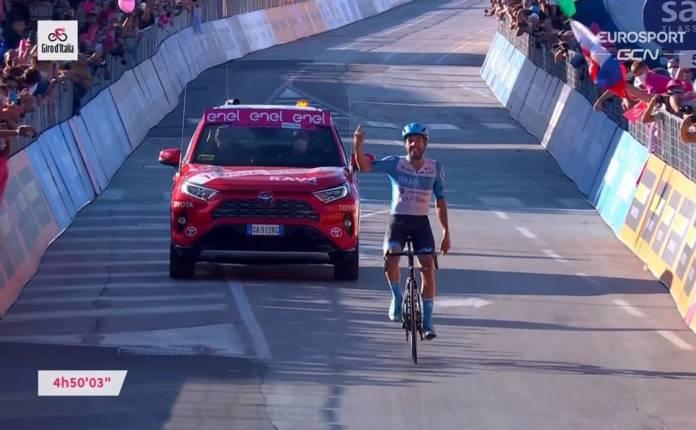 Alex Dowsett vainqueur de la 8e étape du Giro 2020