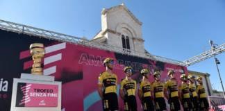 Après le test positif au Covid-19 de son leader Steven Kruijswijk, Jumbo-Visma a pris la décision de quitter le Giro 2020