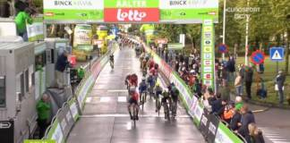 Mads Pedersen s'illustre dans un sprint massif au BinckBank Tour