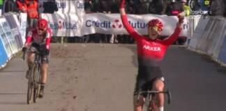 Amandine Fouquenet gagne le championnat de France