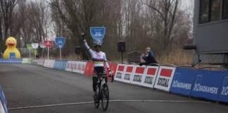 Ceylin del Carmen Alvarado victorieuse au Flandriencross