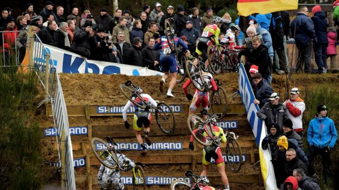 Le mondial de cyclo-cross sans les juniors