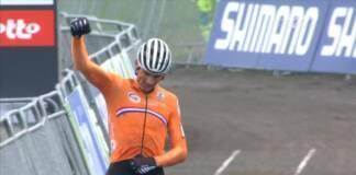 Mathieu van der Poel conserve le maillot arc-en-ciel