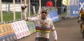 Mathieu van der Poel démarre au mieux l'année 2021