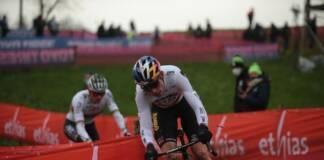 Le mondial de cyclo-cross tourné autour du duel van der Poel-van Aert