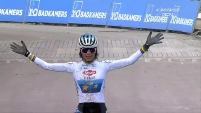 Ceylin del Carmen Alvarado et Lucinda Brand finissent par une victoire