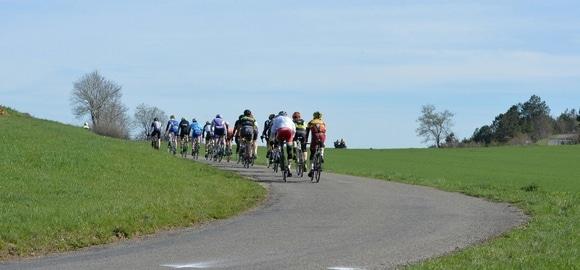 18 cyclistes fauchés près de Saint-Etienne