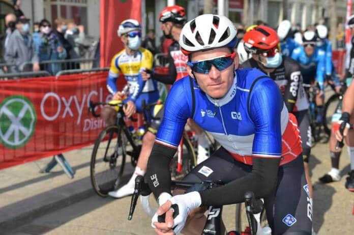 Arnaud Démare champion de France sur route au départ de Brugge - De Panne