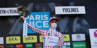 Fabien Doubey est récompensé de ses efforts par le maillot à pois de Paris-Nice 2021
