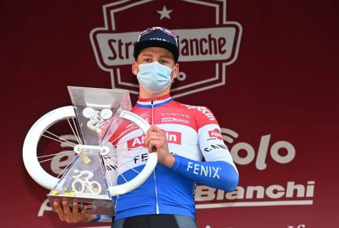 Mathieu Van der Poel a réagi de suite l'arrivée passée, à Sienne