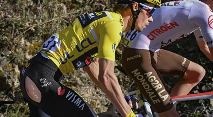 Primoz Roglic, victime de deux chutes, a tout perdu sur la denière étape de Paris-Nice 2021