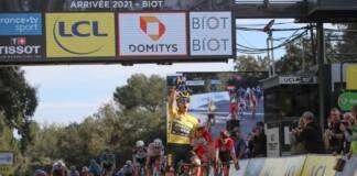 Paris-Nice est pour le moment dominé par Primoz Roglic