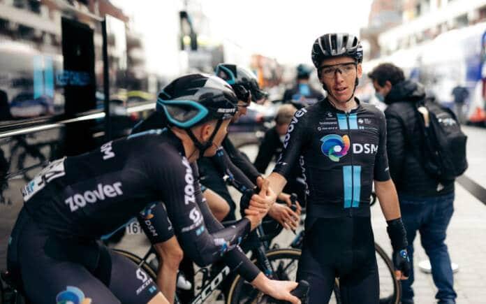 Romain Bardet au départ du Giro 2021 pour la première fois de sa carrière