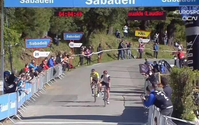Tadej Pogacar devant Primoz Roglic sur le Tour du Pays-Basque, étape 3