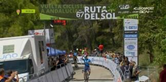 Miguel Angel Lopez remporte la 3e étape du Tour d'Andalousie 2021
