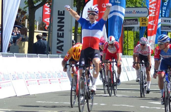 Arnaud Démare vainqueur de la 2e étape des Boucles de la Mayenne