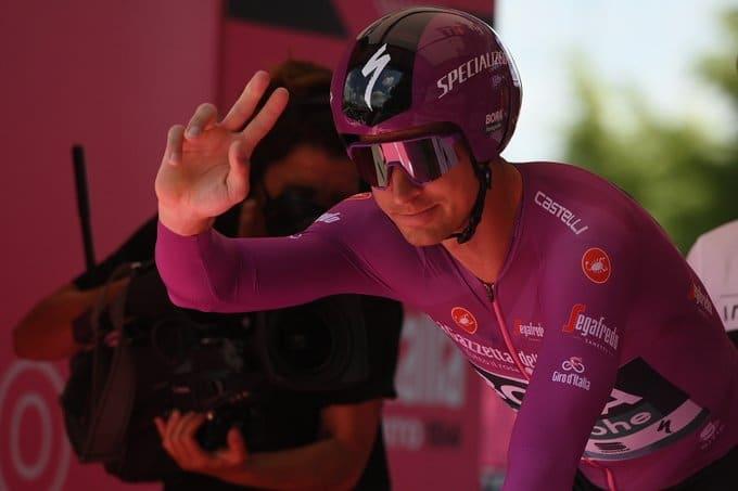 Peter Sagan finit le Giro 2021 avec un maillot distinctif