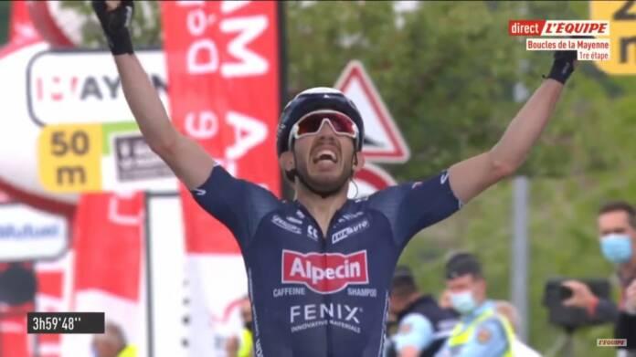 Philipp Walsleben remporte la 1e étape des Boucles de la Mayenne 2021
