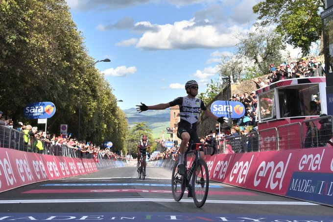 Mauro Schmid et Egan Bernal s'illustrent sur la 11e étape du Giro 2021