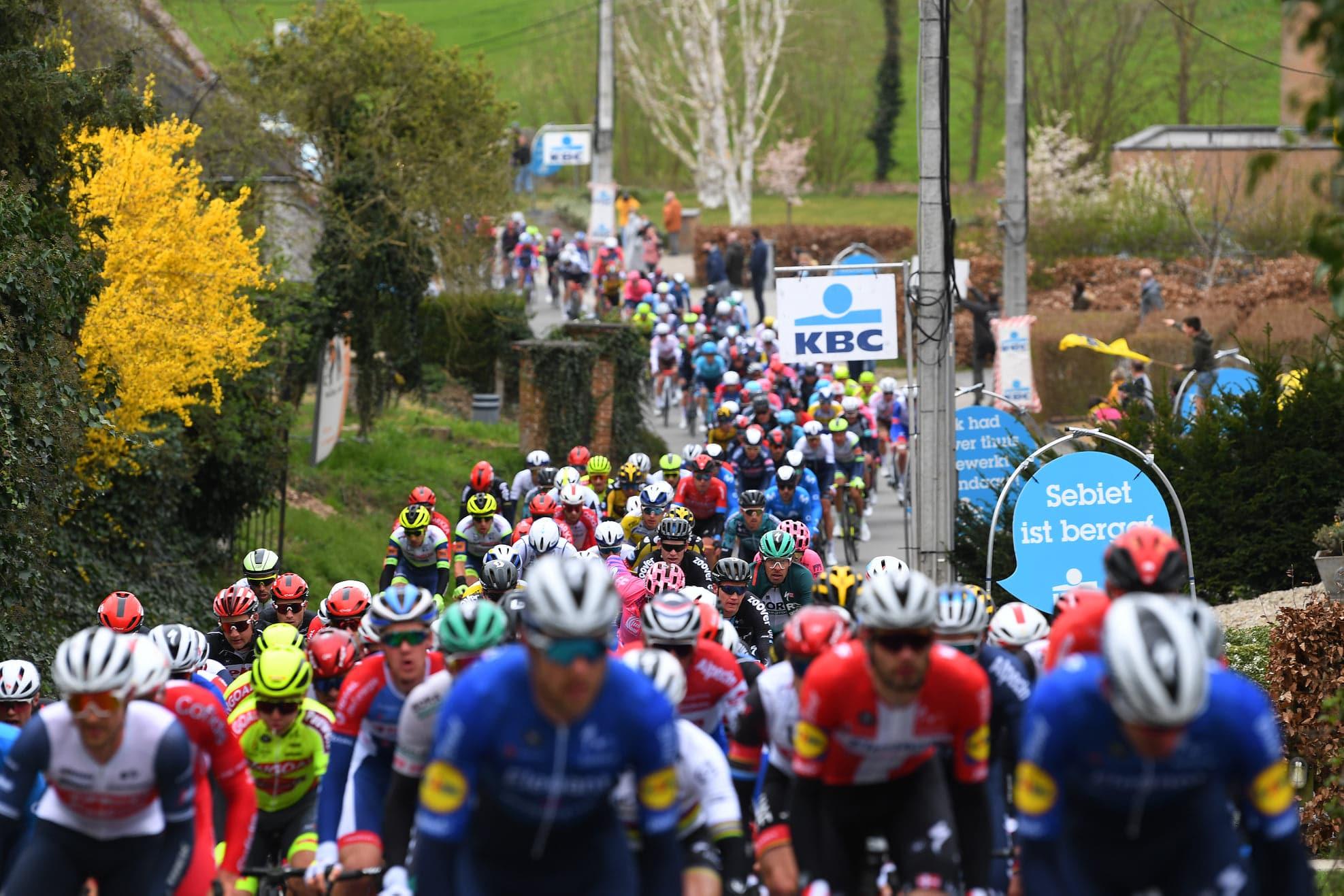 Calendrier Des Courses Cyclistes 2022 Calendrier World Tour 2022 : 3 repos sur le Tour, pas de Down Under ?