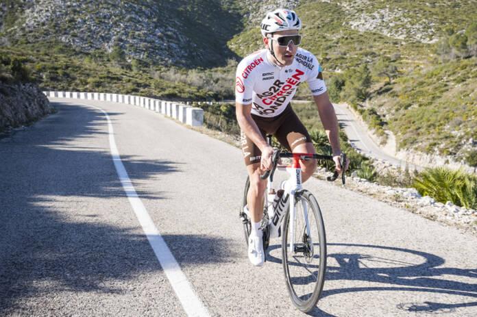 Nans Peters abandonne dans les Alpes au Tour de France 2021