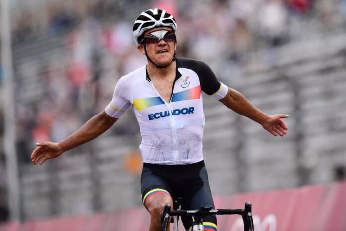 Richard Carapaz vainqueur aux Jeux Olympiques de Tokyo