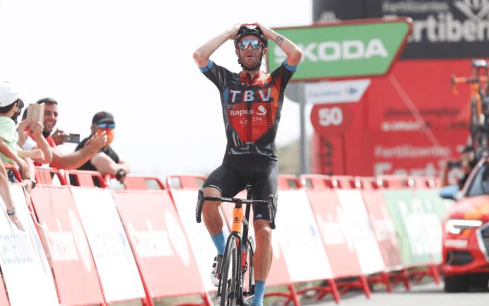 Damiano Caruso vainqueur au sommet de l'Alto de Velefique sur la Vuelta 2021