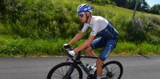 Chris Froome est comparé à un randonneur à vélo