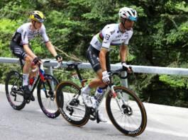 Tour de Lombardie 2021 : Julian Alaphilippe au départ avec son maillot de champion du monde