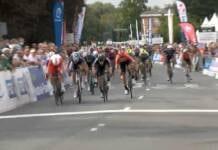 Victoire d'Elia Viviani sur le GP d'Isbergues 2021