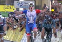 Arnaud Démare costaud dans le final de Paris-Tours