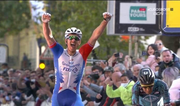 Arnaud Démare vainqueur de Paris-Tours 2021